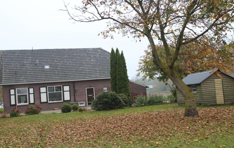 Boerderij Buitenkans Breedebroek  huis met schuur